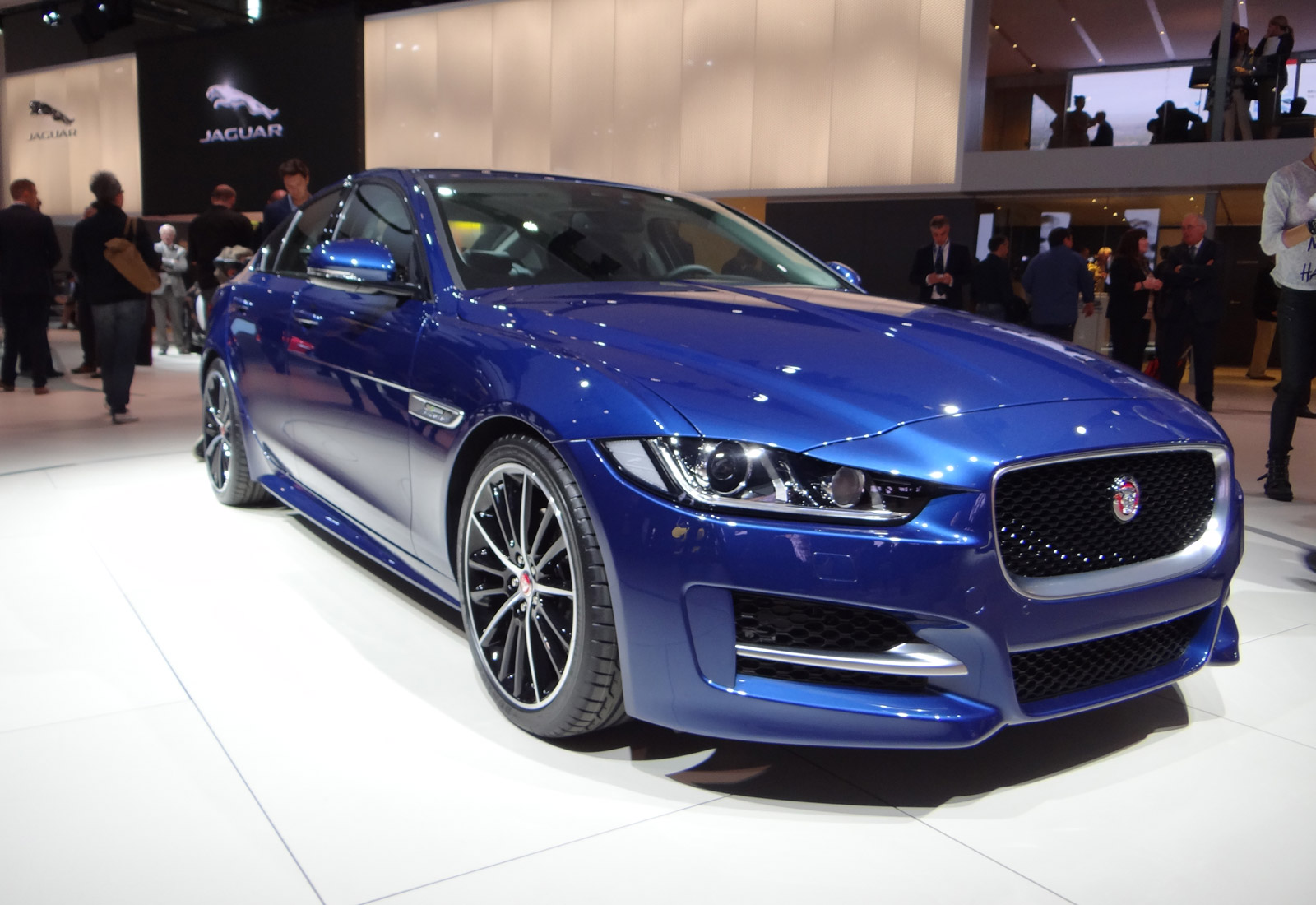 Royal Royce Car Hd Wallpaper Jaguar Planning Both Xe R And Xe Svr Performance Models