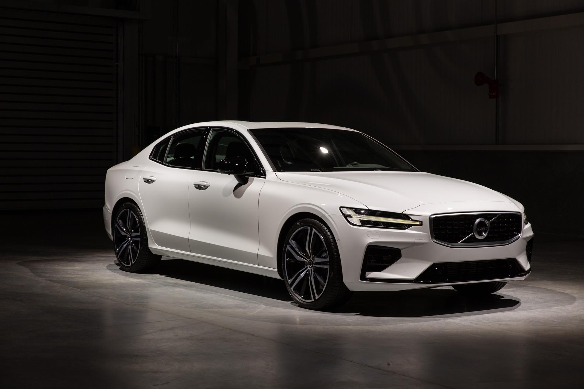 volvo 2019 cars