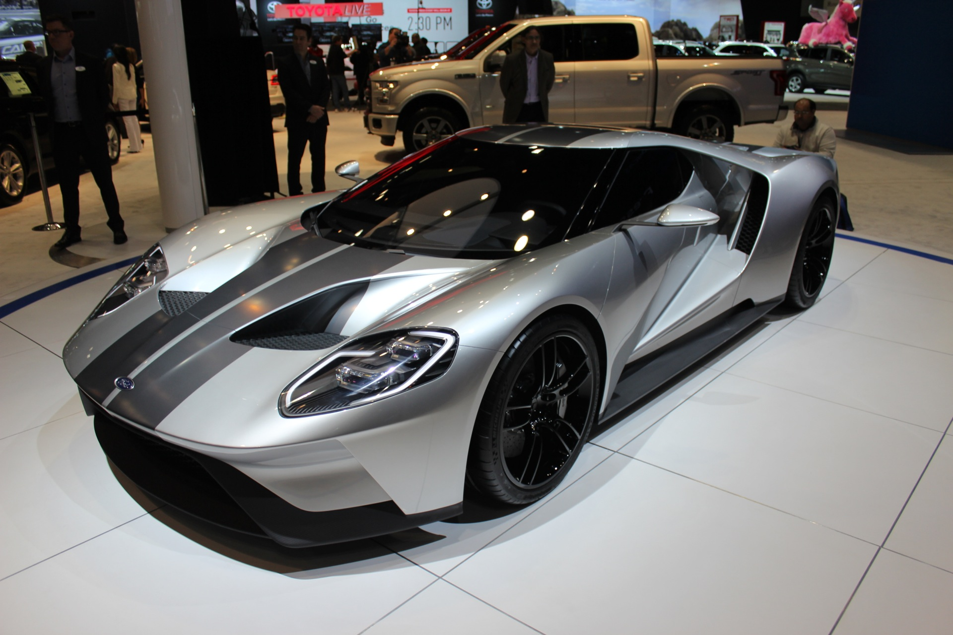 Bronco Cars Wallpaper The Ford Gt Will Cost 400 000 Sell 250 Per Year