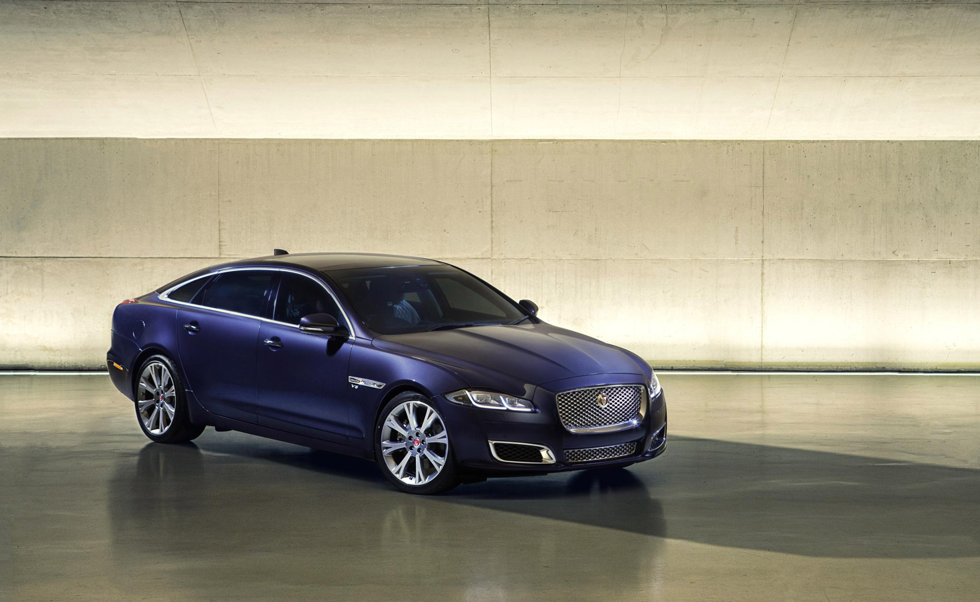 Jaguar Xj Autobiography 2016 Jaguar Xj Revealed With More Tech Autobiography