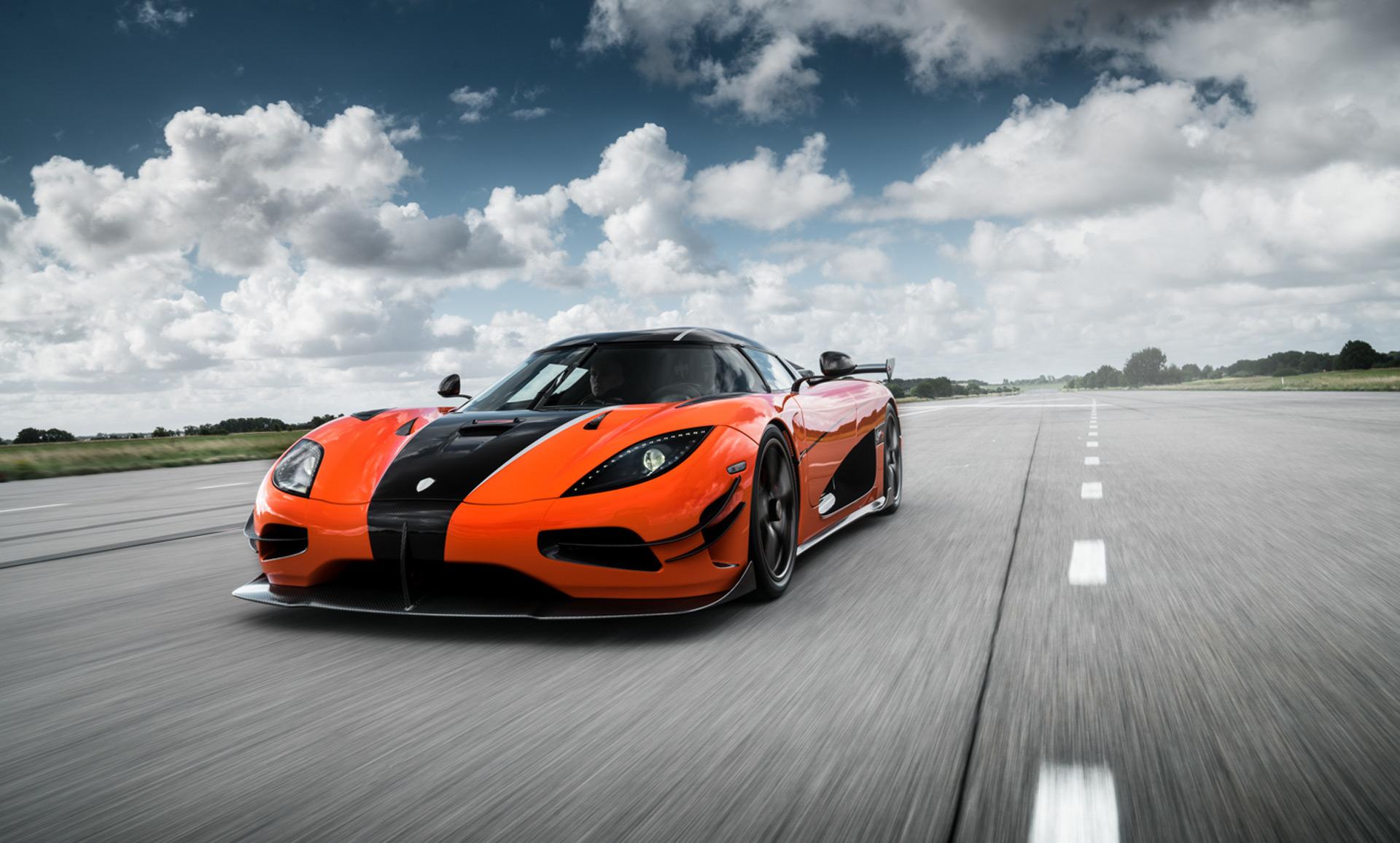4k Car Wallpaper Koenigsegg Rs First U S Spec Koenigsegg Agera Rs To Land In Monterey
