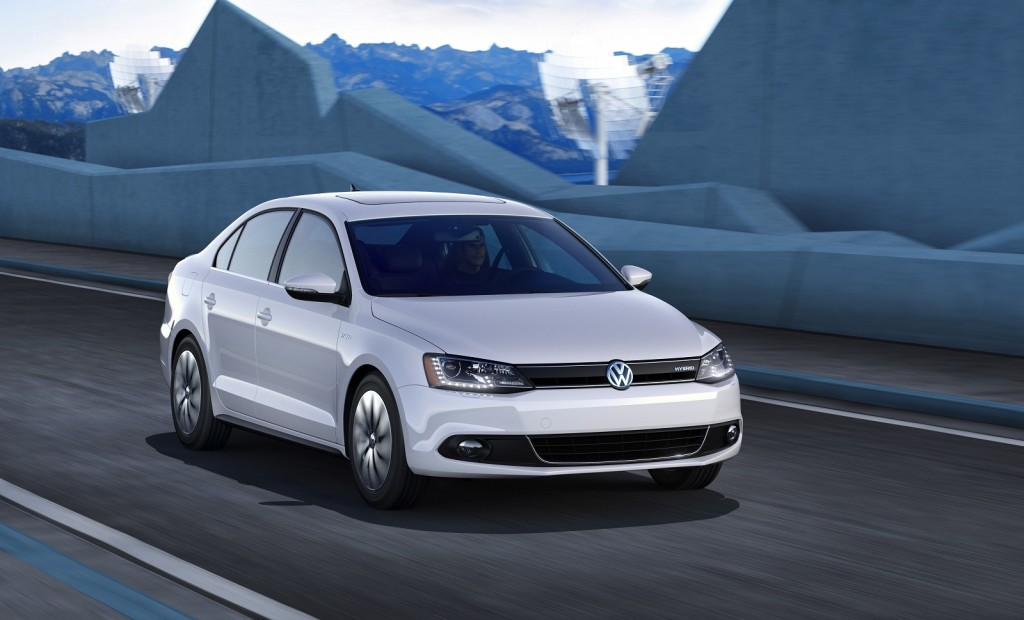 2013 Volkswagen Jetta Hybrid Or Jetta TDI Which Would You Buy?