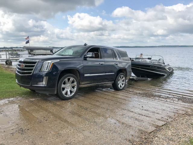 Towing a boat with the 2017 Cadillac Escalade 6 things you need to know