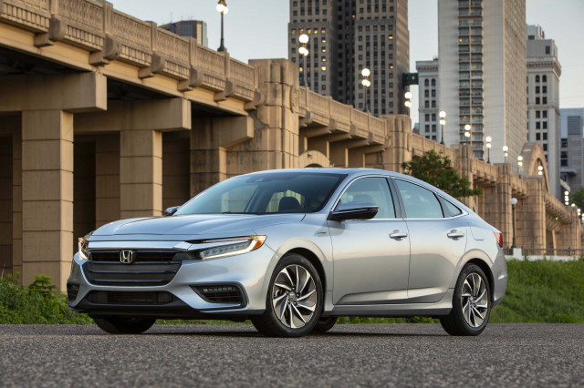 2019 Honda Insight first drive mpg review 55 mpg from hybrid sedan