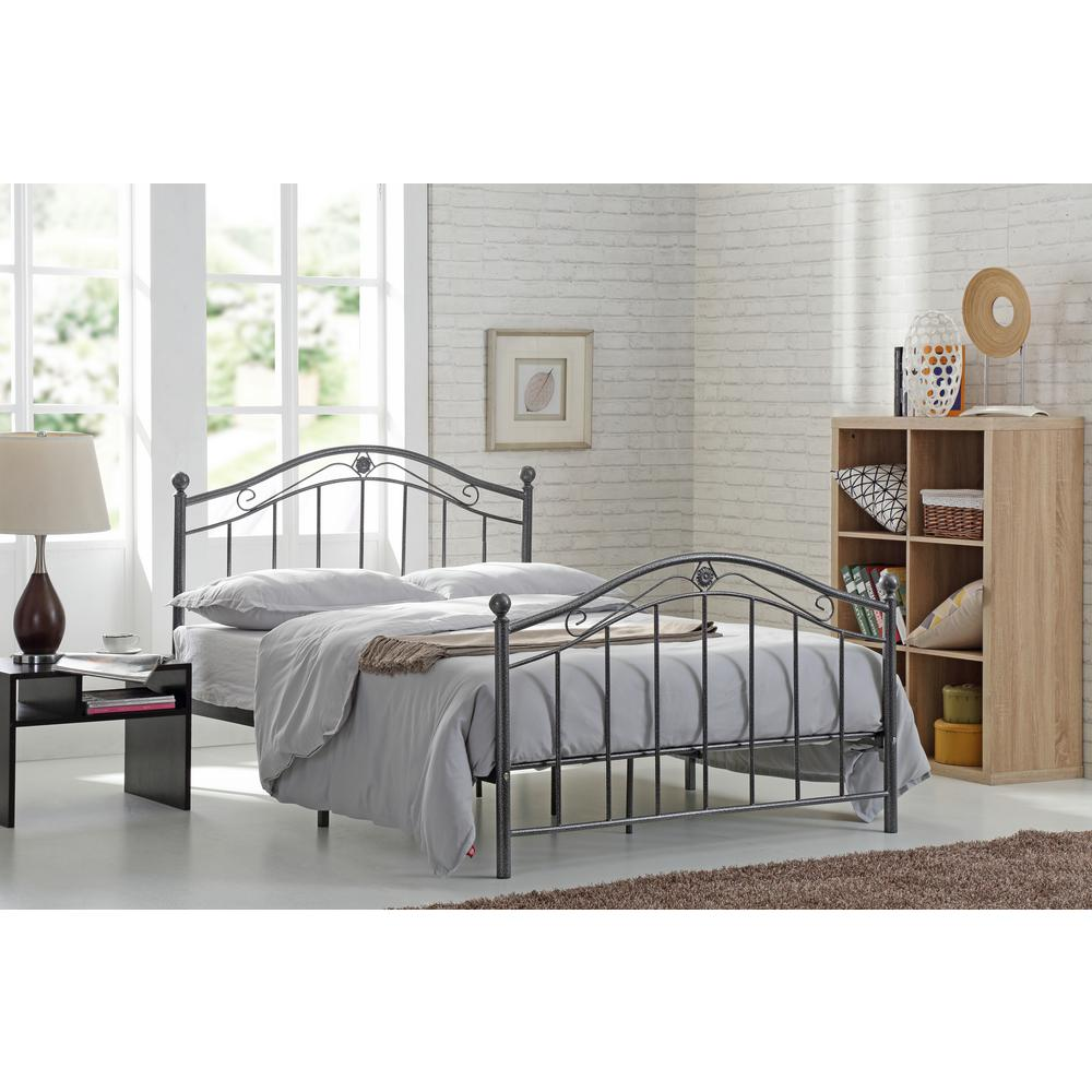 Metal Bed Headboards Hodedah Black And Silver Queen Size Metal Panel Bed With Headboard And Footboard