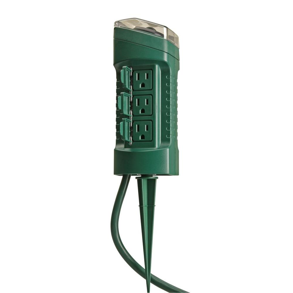 Outdoor Light Timer Switch Woods 15 Amp Outdoor Plug In Photocell Light Sensor 6 Outlet Yard Stake Timer With 6 Ft Cord Green