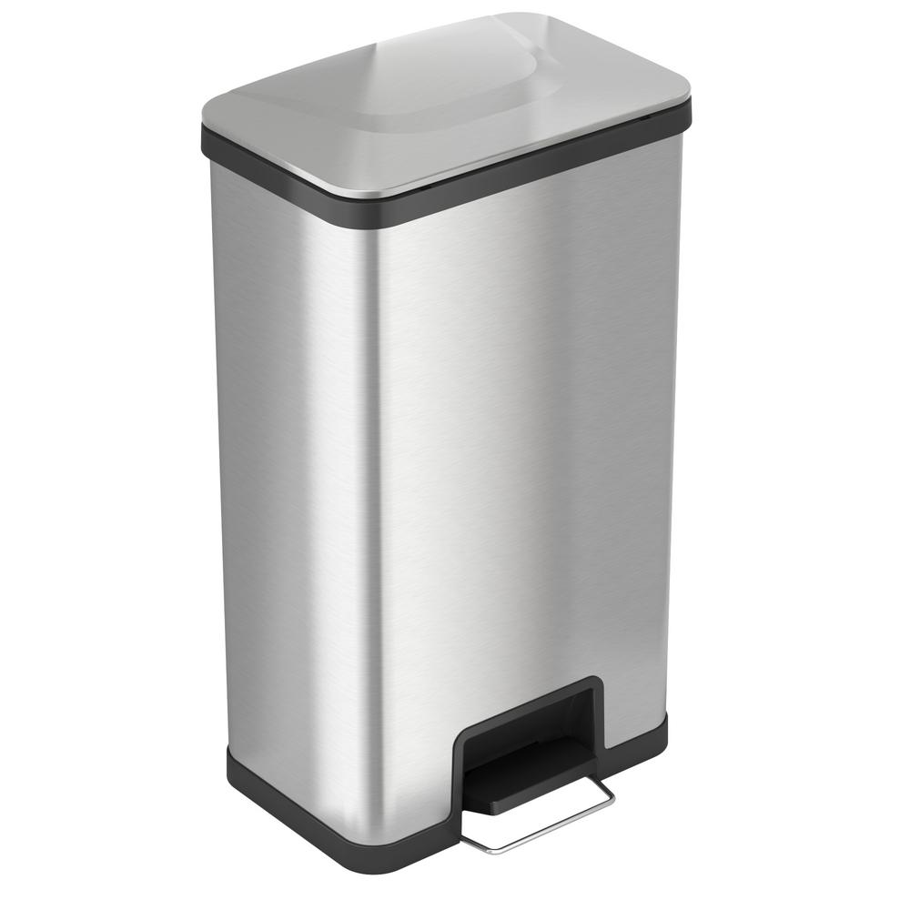 Small White Trash Can With Lid Itouchless Airstep 18 Gal Step On Kitchen Stainless Steel Trash Can With Odor Control System Silent And Gentle Lid Close