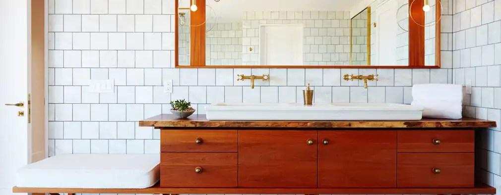 Badezimmer wie neu Diese 8 Dinge kann sich jeder leisten! - badezimmer leisten