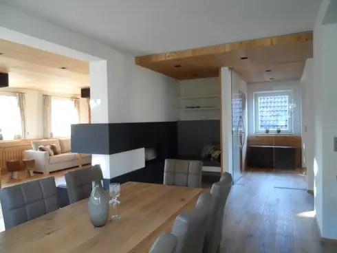 Einfamilienhaus im Chalet-Stil von room architecture homify - esszimmer chalet
