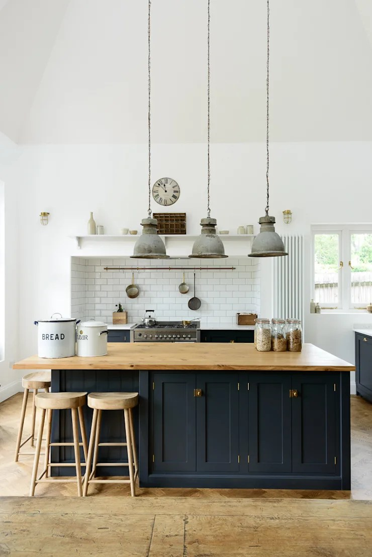 White Kitchen Island With Butcher Block Top The Arts And Crafts Kent Kitchen By Devol من تنفيذ Devol
