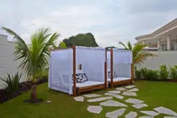 Vườn by Designer de Interiores e Paisagista Iara Kílaris