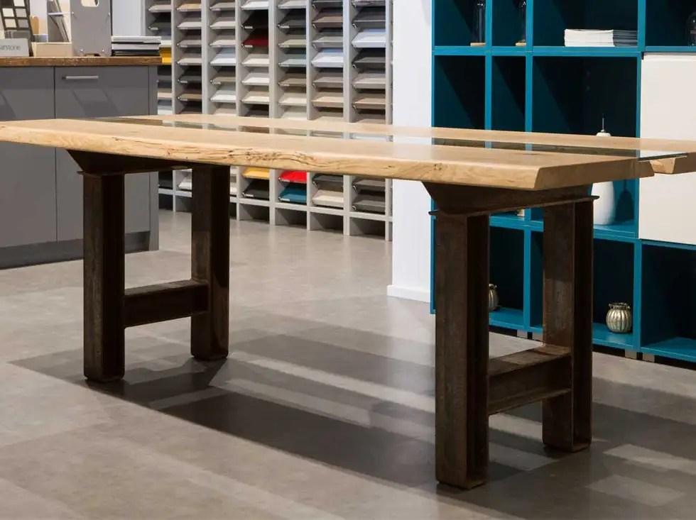 Atlas Eichenholz Esstisch Handarbeit - Design
