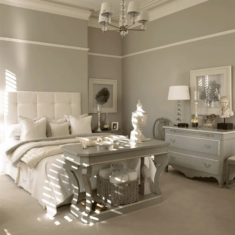 Schlafzimmer Taupe Country Bedroom By Homemate Gmbh Homify