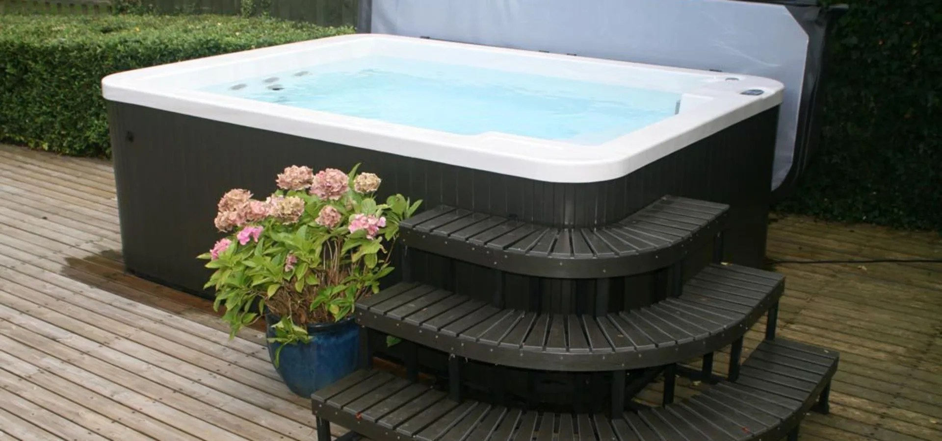 Hottub In De Tuin Swim Spas And Exercise Pools Von Hot Tub Barn Homify