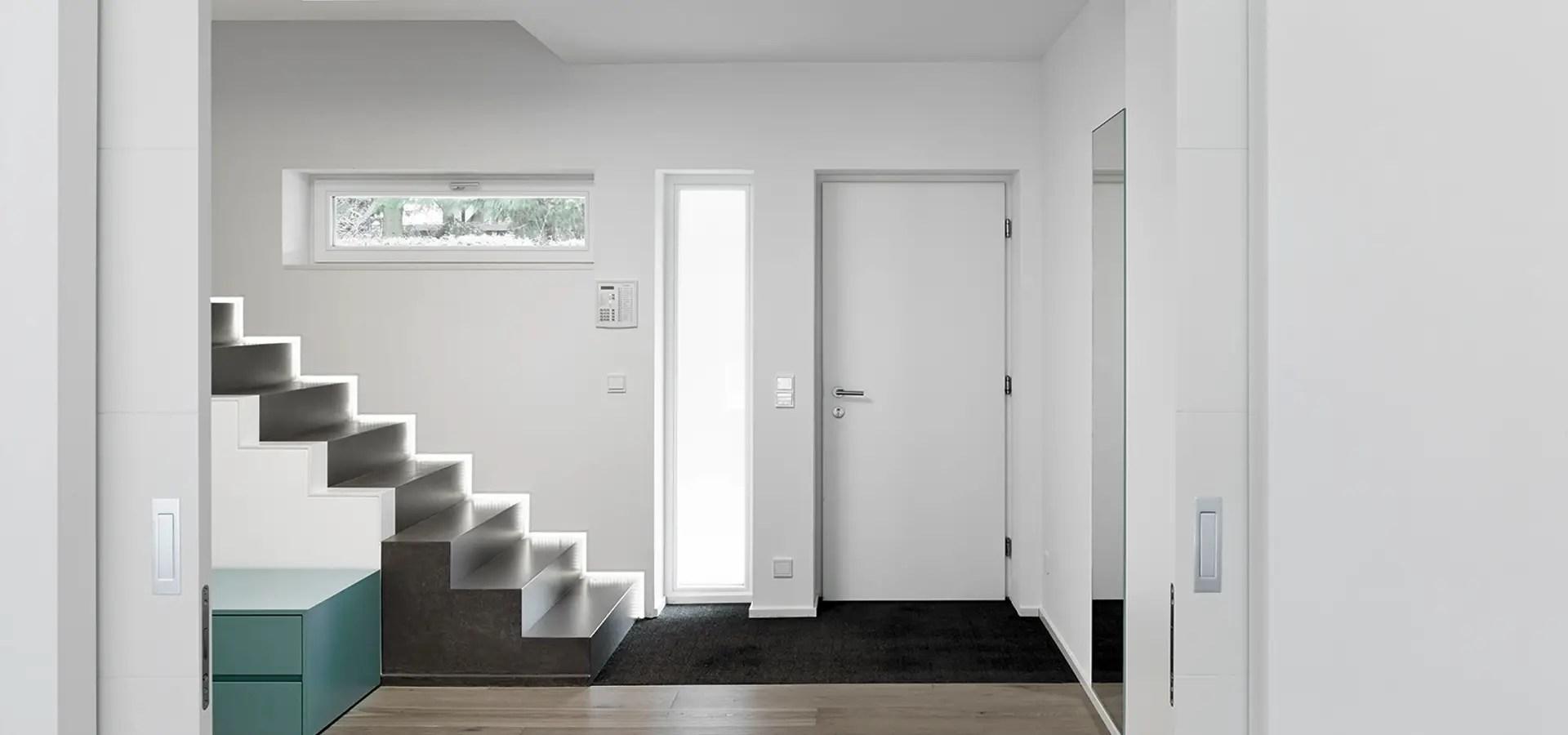Gestaltung Flur Einfamilienhaus Led Leuchten Treppenhaus