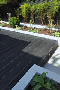 Contemporary Terraced 'Black & White' Garden by Gardenplan ...