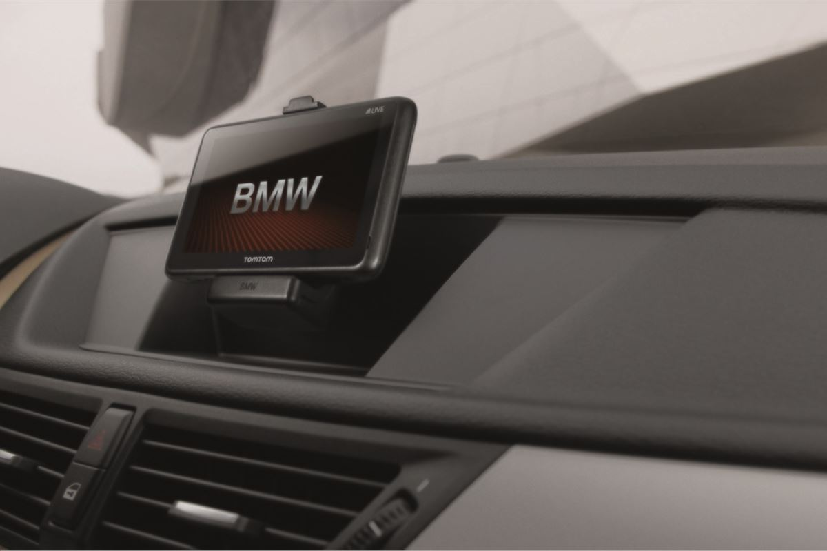 Bmw Update Uk Tomtom Sat Nav Now Available In Bmws Motoring News