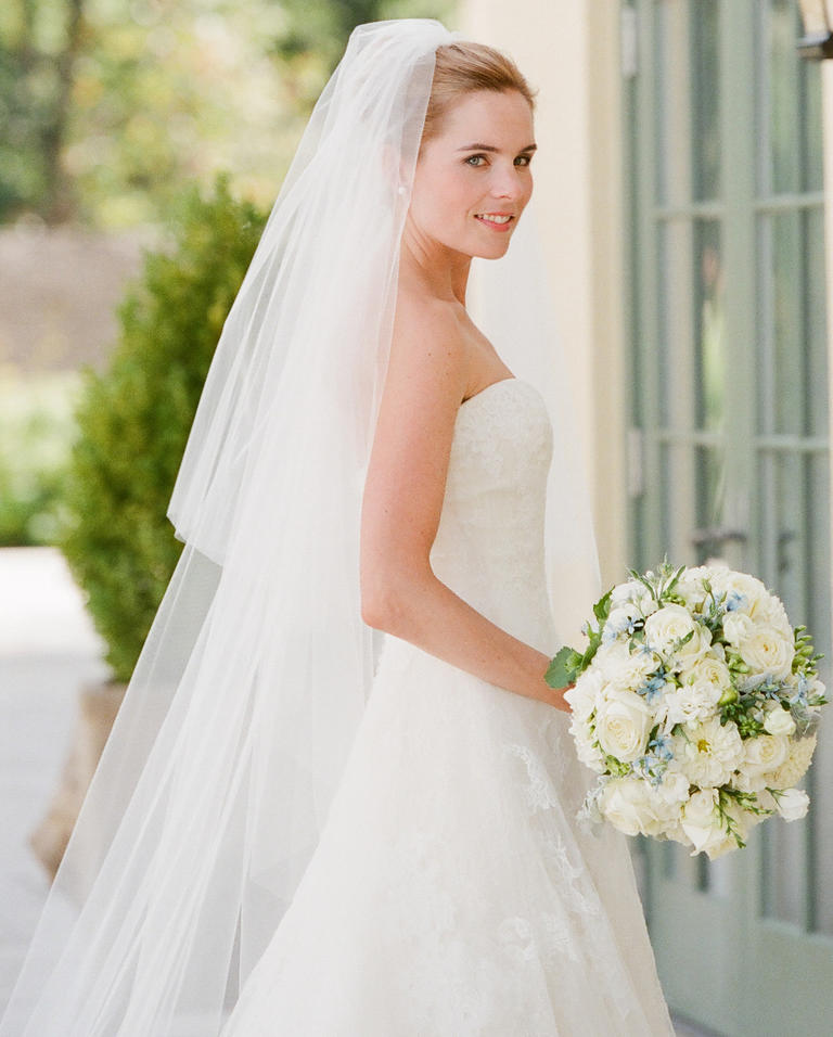 Types of Wedding Veils - Fountain veils