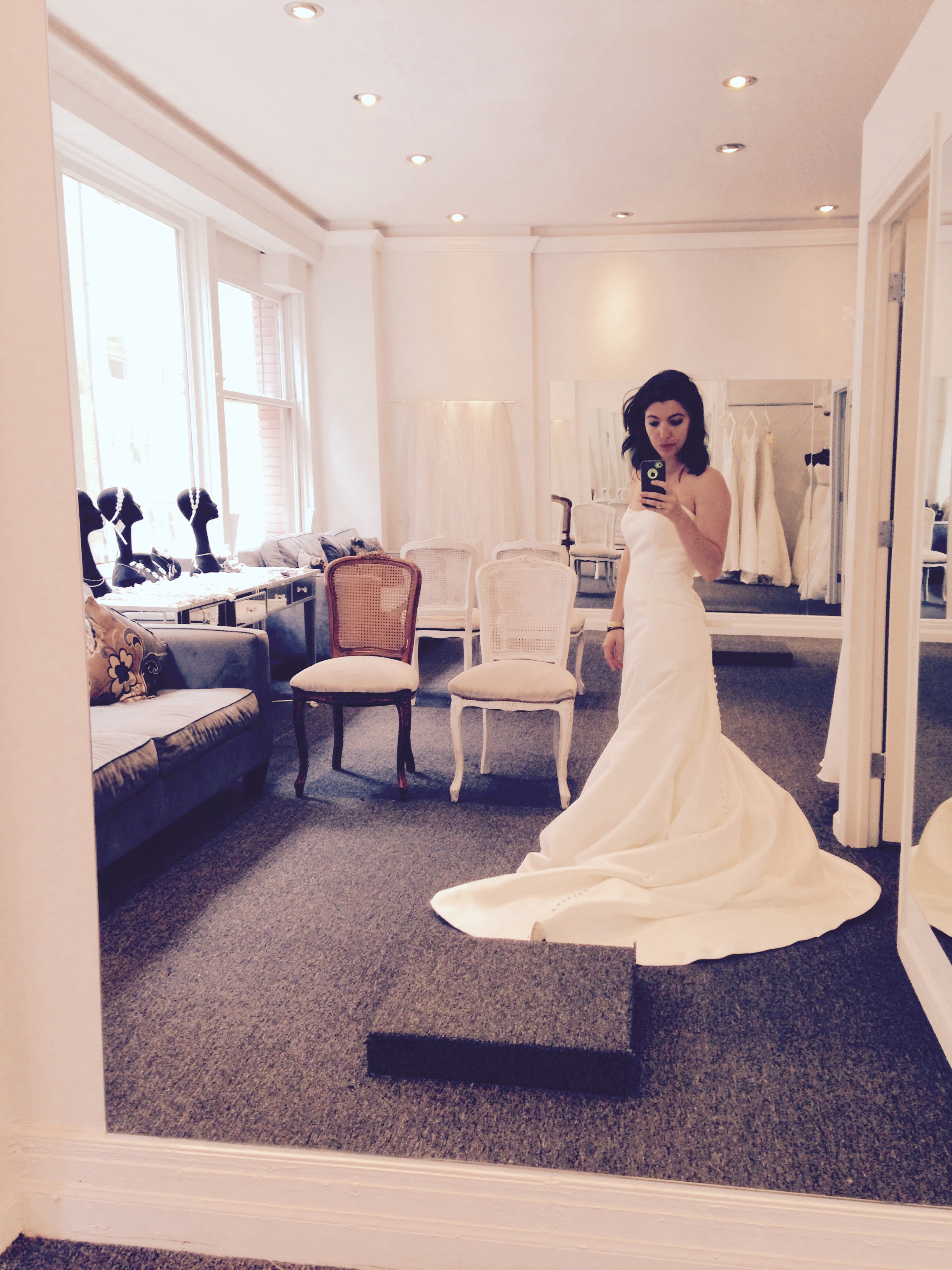 i went wedding dress shop b wedding dresses websites I Went Wedding Dress Shopping Alone in Manhattan and Here s What I Learned