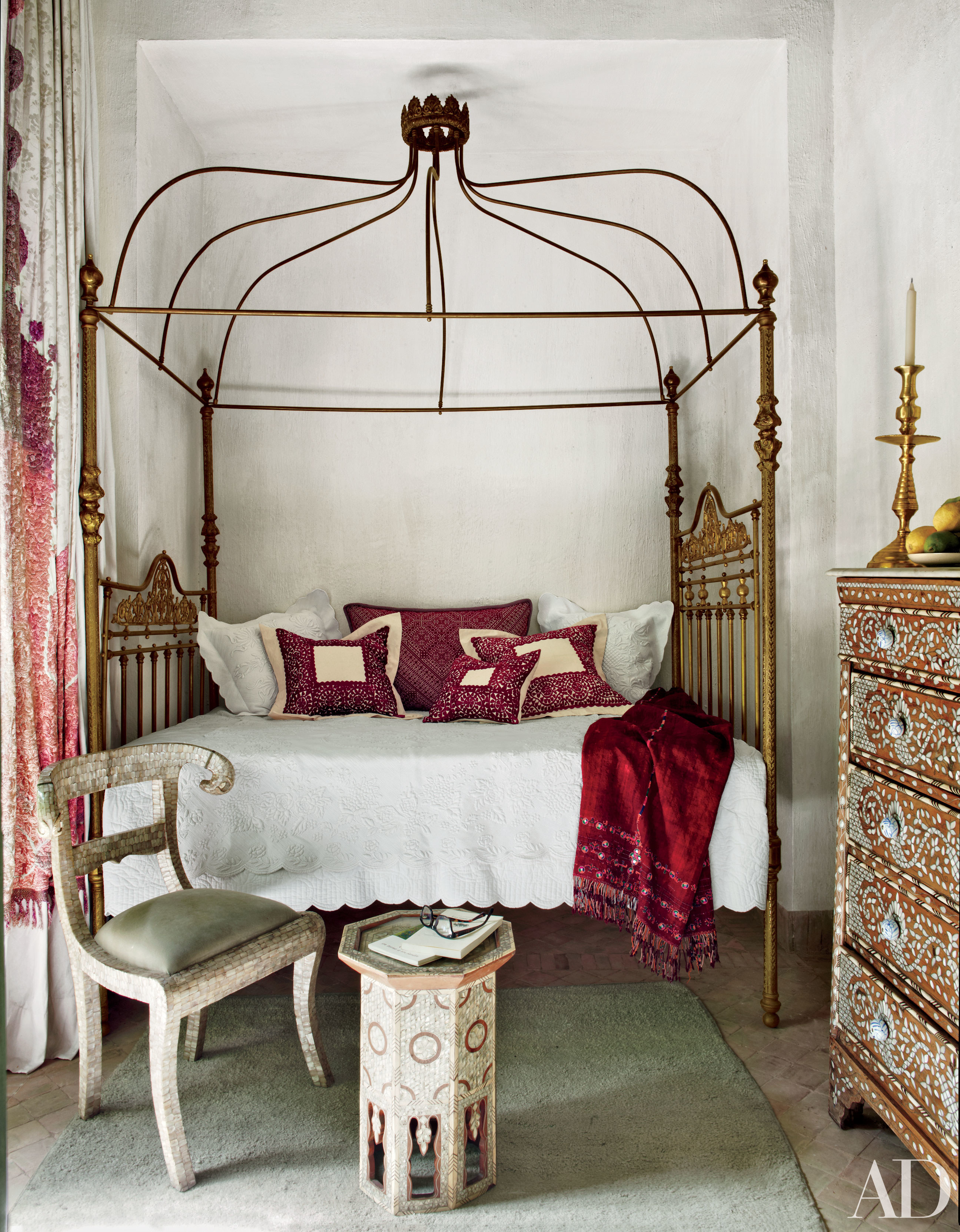How To Build A Four Poster Bed Absolutely Beautiful Four Poster Beds Huffpost