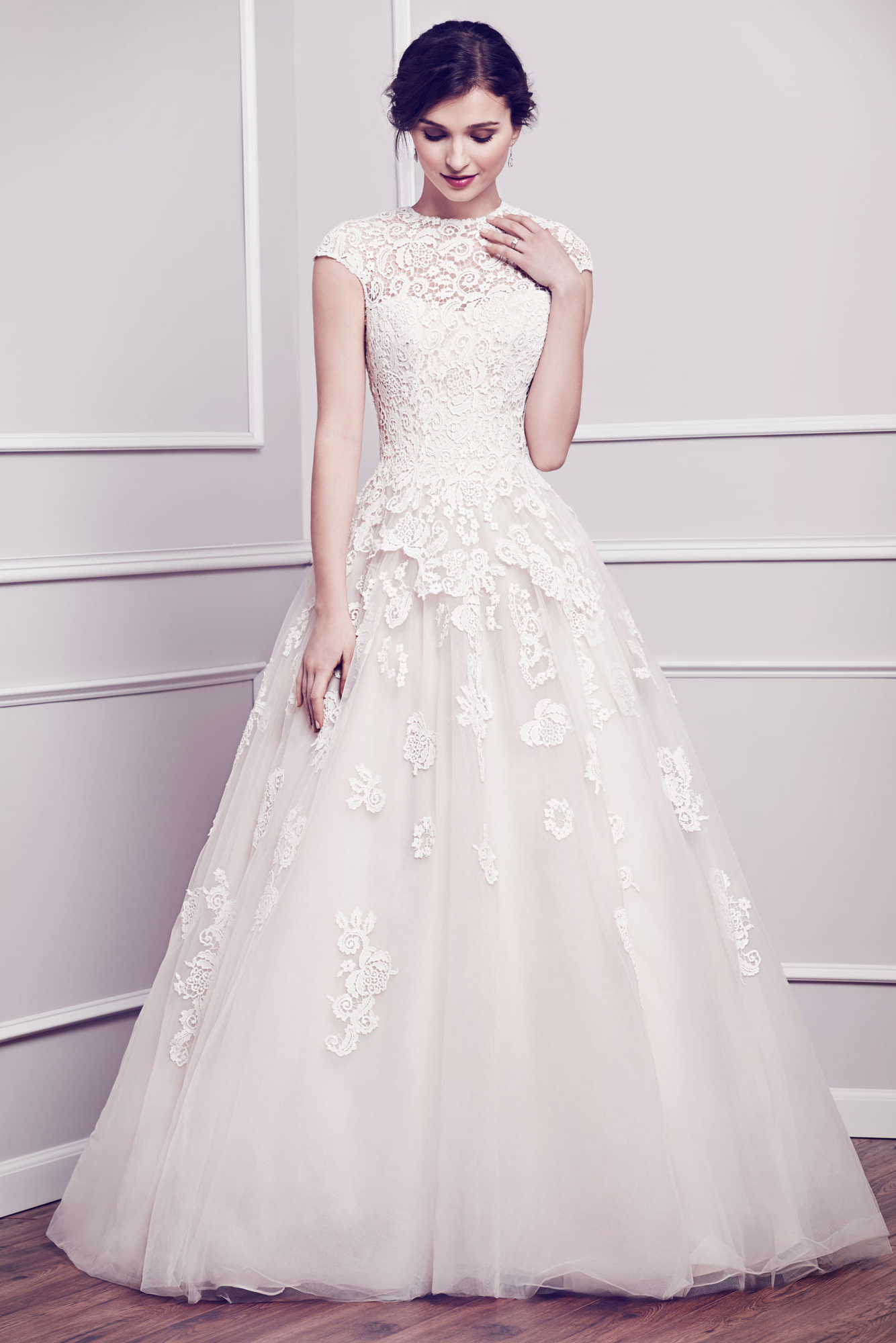 Bride Gowns The 25 Most Pinned Wedding Dresses Of 2015 Huffpost