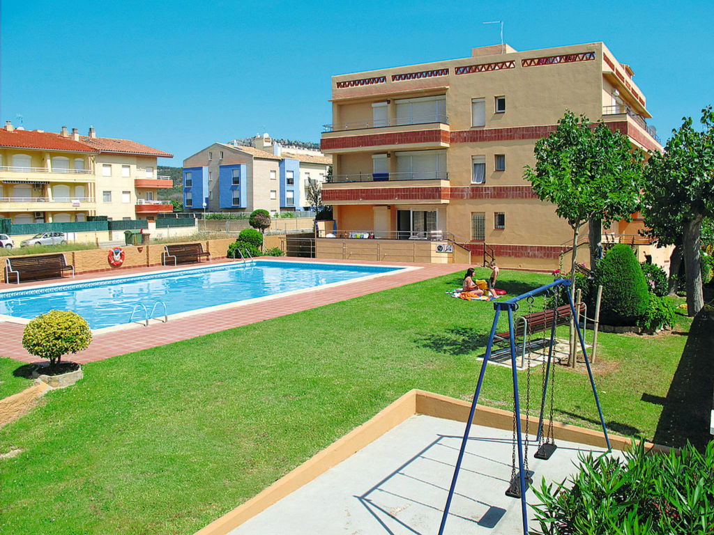 Cash Pool Heiligenhafen Holiday Apartment Apartamentos Fincasol Ii Est551 Costa Brava
