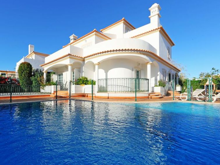 Holiday House Villa Albufeira Town Center In Albufeira - Apartment Portugal