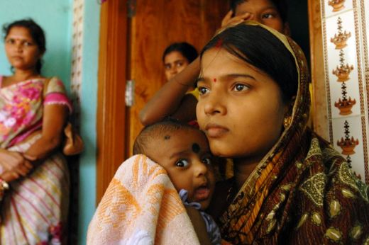 A mother and her child in Odisha, India. UK Department for International Development