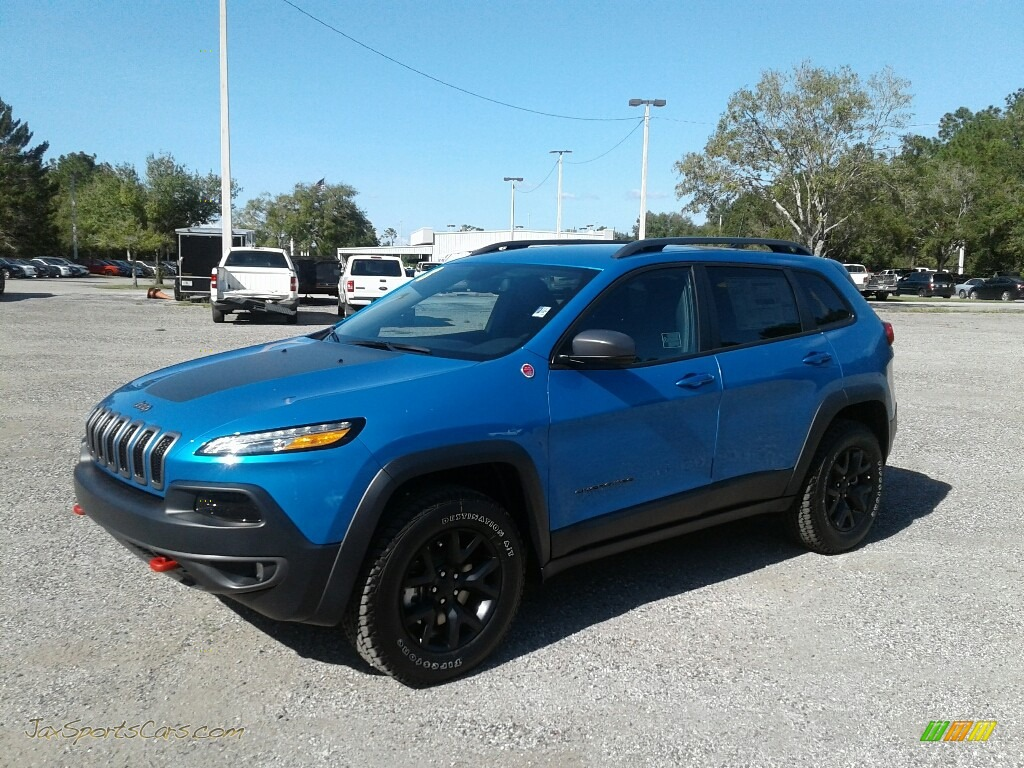4x4 Sports Cars 2018 Jeep Cherokee Trailhawk 4x4 In Hydro Blue Pearl