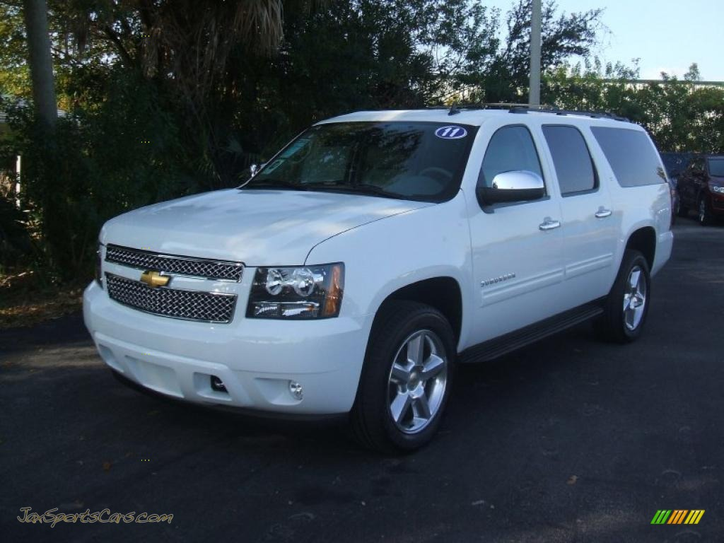 4x4 Sports Cars 2011 Chevrolet Suburban Lt 4x4 In Summit White 230059