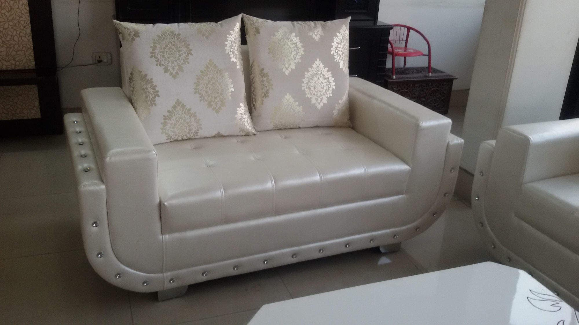 Bettsofa Interio Ch Top 100 Sofa Dealers In Moti Nagar Best Furniture Sofa Dealers