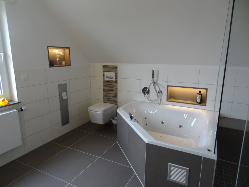 Beleuchtung Dachschräge Bad | Bad Unterm Dach Ideen Und ...