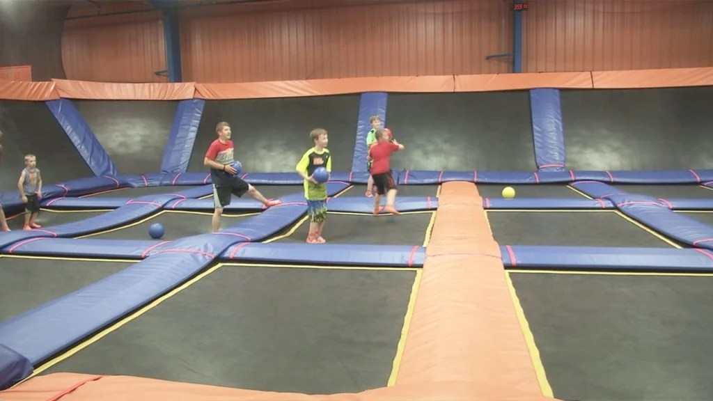 Sky Zone Offers Special Deal for Memorial Day Weekend