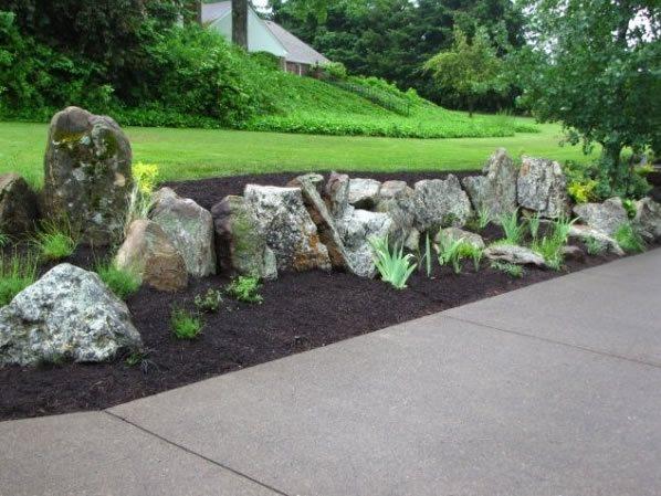Design Ideas for Retaining Walls