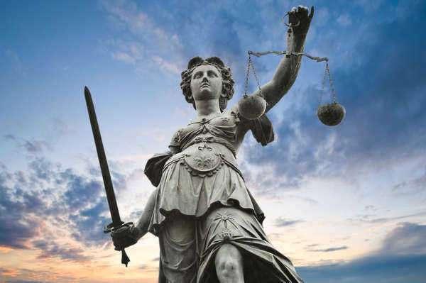 Civil Law Vs Common Law - Civil Laws