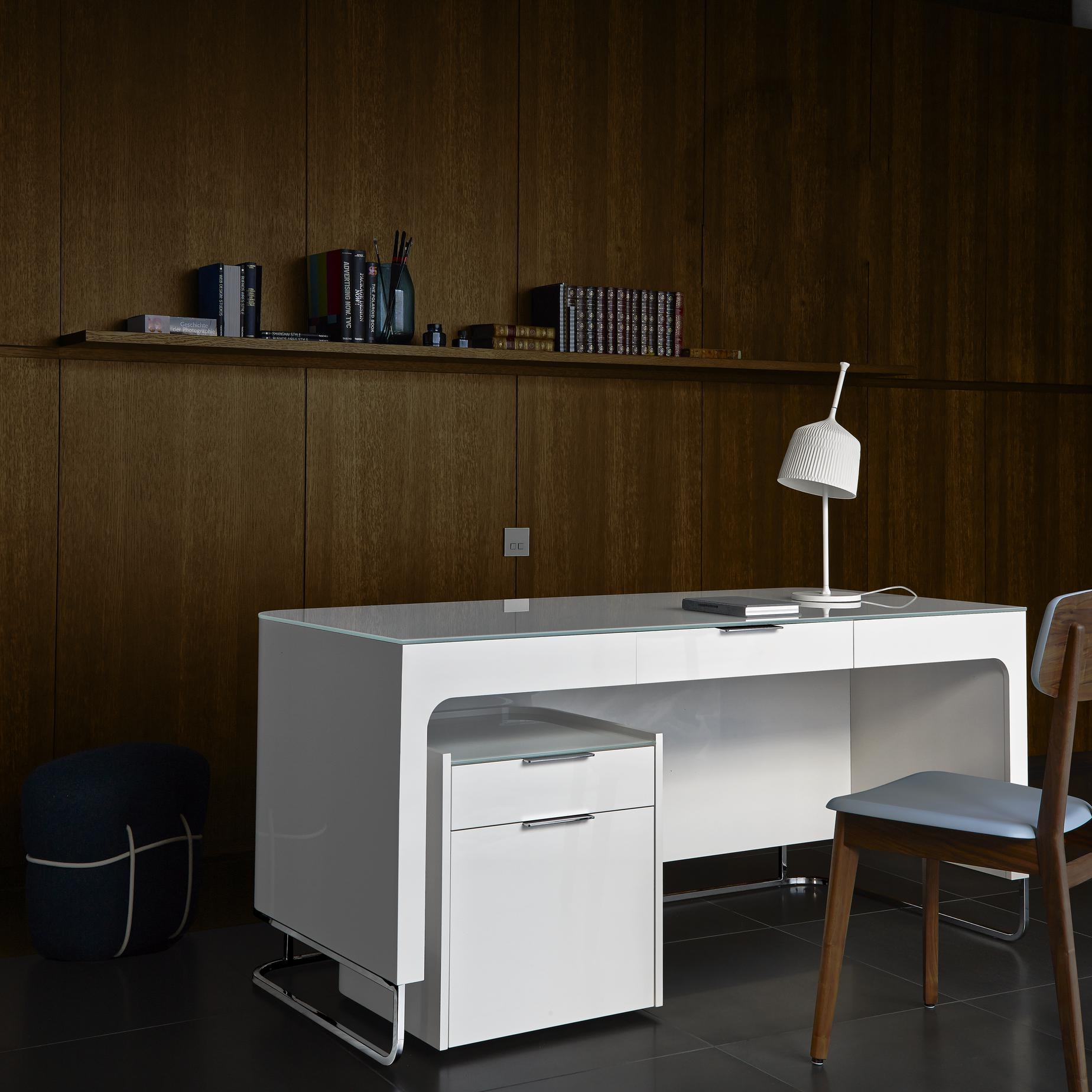 Schreibtisch Design Sale Hyannis Port Desks Secretary From Designer Eric Jourdan
