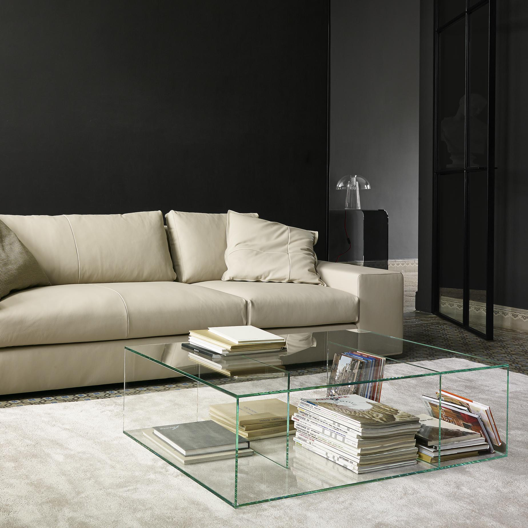 Couchtisch Canterbury Saldo Occasional Tables From Designer Nick Rennie Ligne Roset