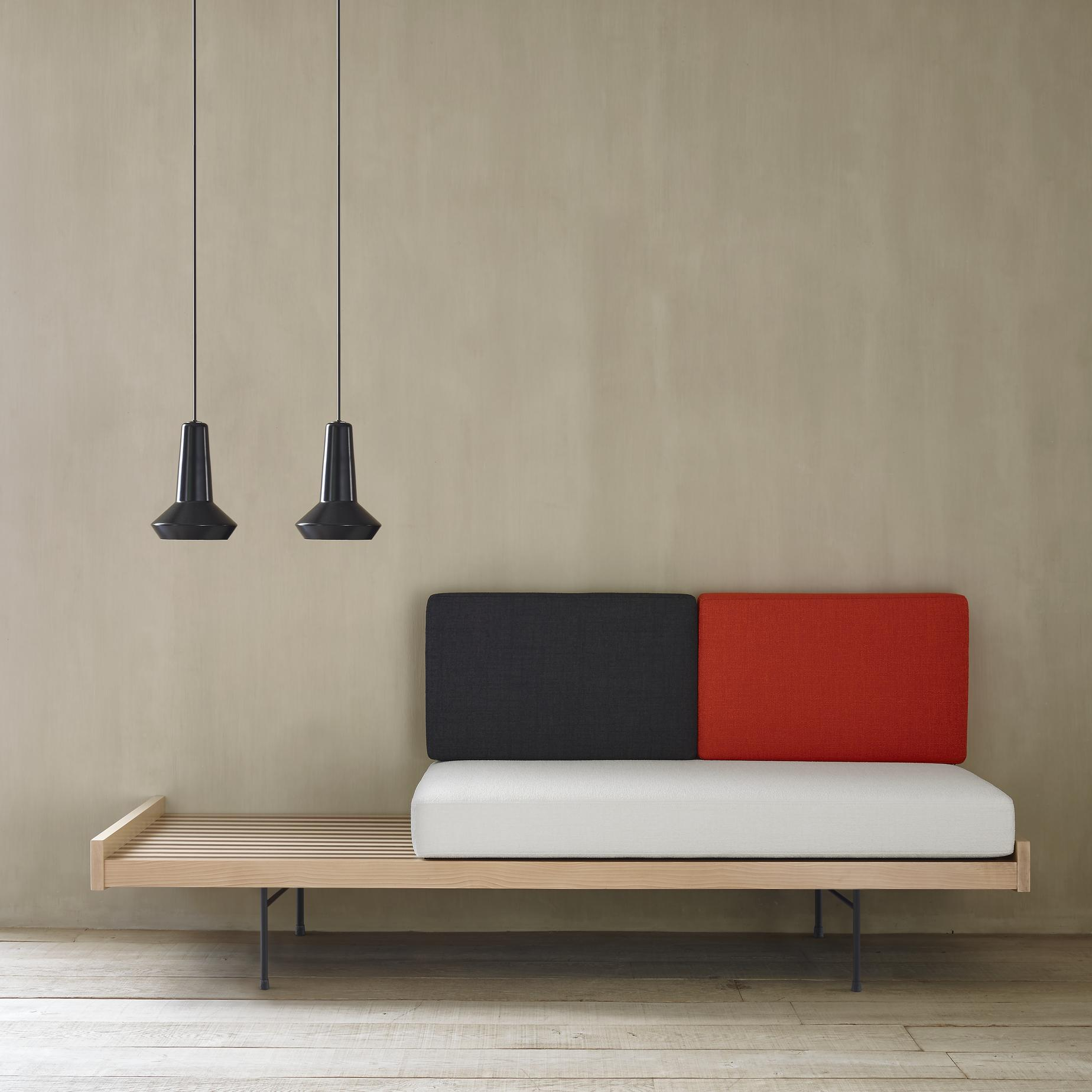 Pierre Paulin Sofa Daybed Sofas From Designer Pierre Paulin Ligne Roset Official