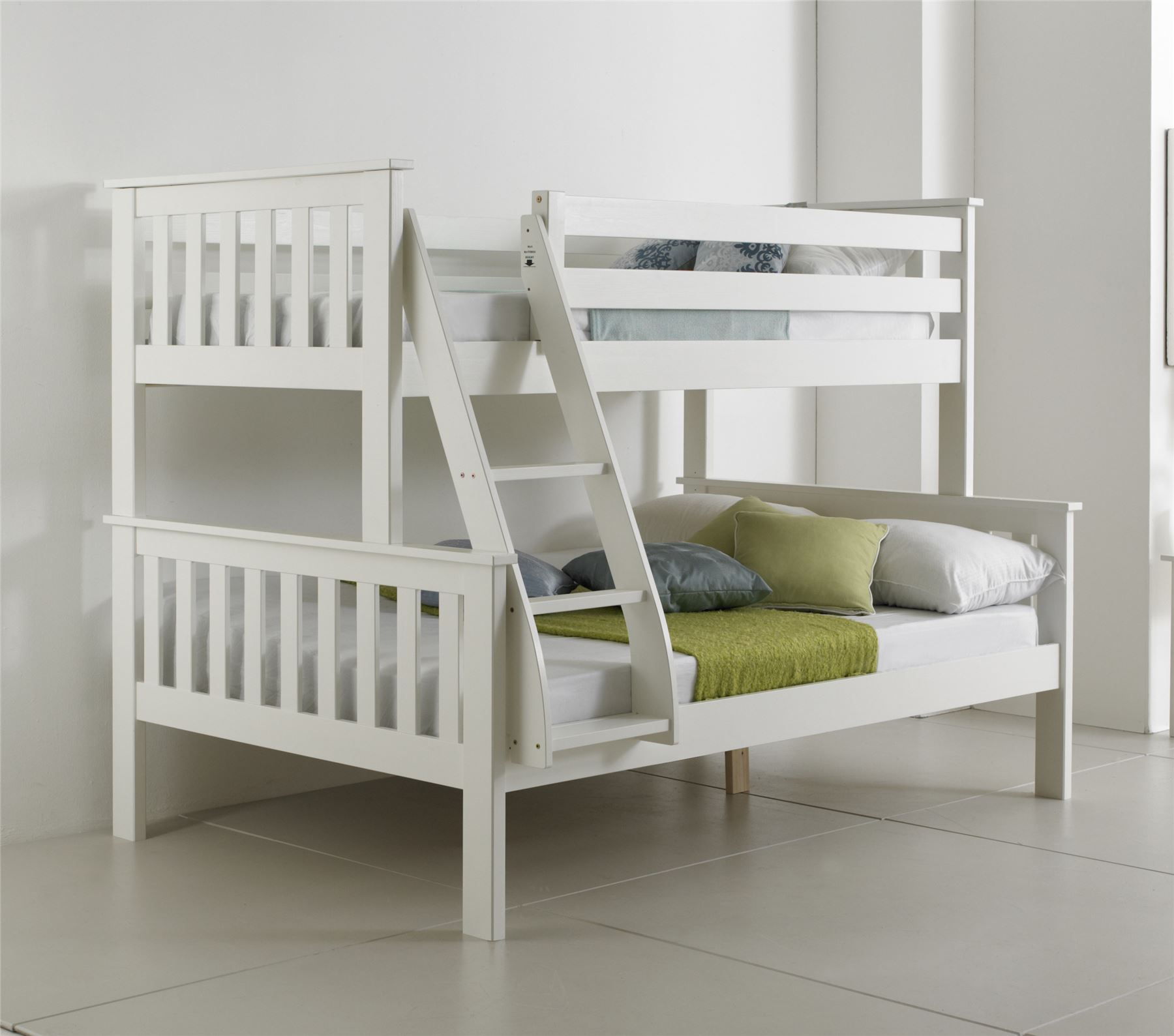 White Wooden Bunk Beds Bluemoon Beds 4ft Atlantis Triple Sleeper Bunk Bed Solid
