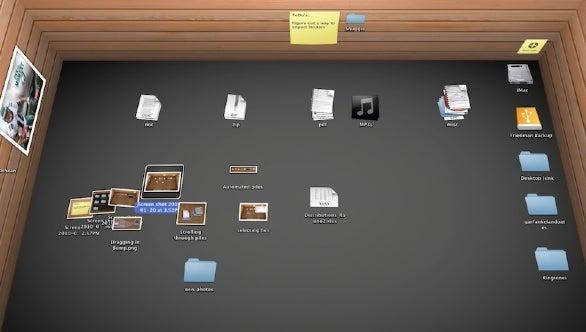 3d Bookshelf Wallpaper First Look Bumptop Mac Macworld
