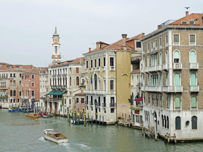 Canal Grande and the church Chiesa Santi Apostoli, Venice