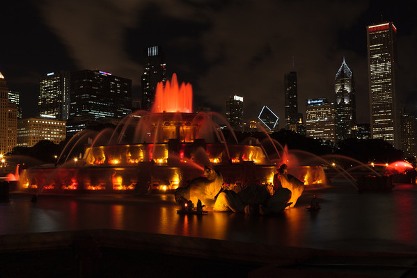 Buckingham Fountain in Downtown Chicago