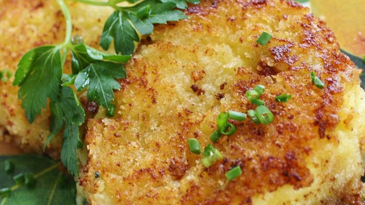 Paleo Panko Crusted Mashed Potato Cakes