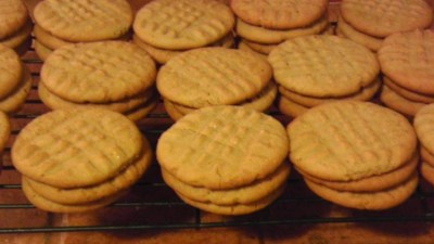 Classic Peanut Butter Cookies Recipe - Allrecipes.com