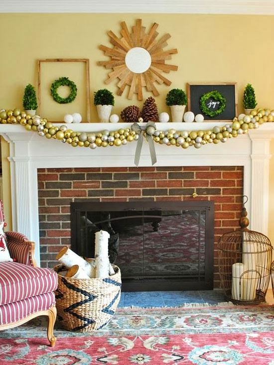Pretty Christmas Mantel Ideas - christmas mantel decor
