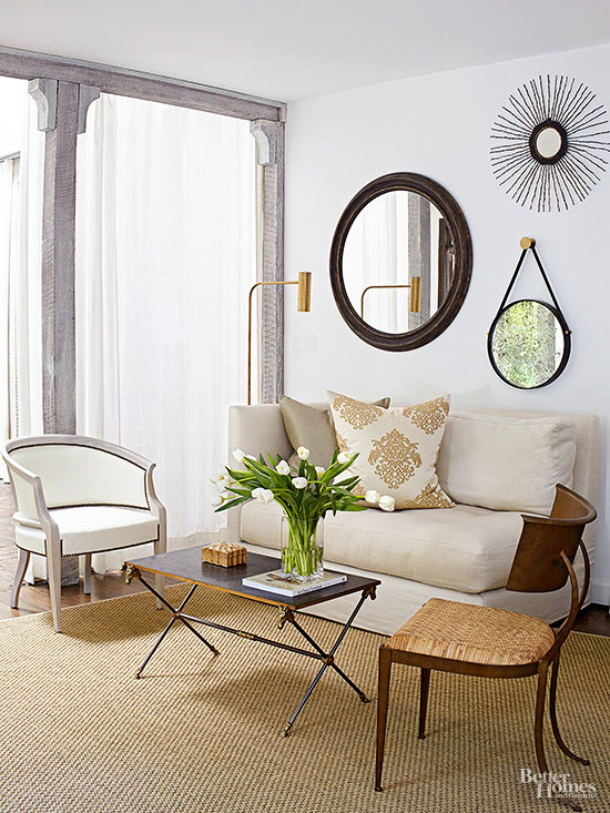 Small Living Room Decorating - how to make a small living room look bigger