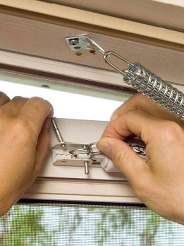 Storm Door Repairs - How To Repair Any Door In Your House. Diy Advice