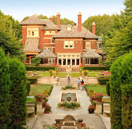 50 Romantic Midwest Getaways | Midwest Living