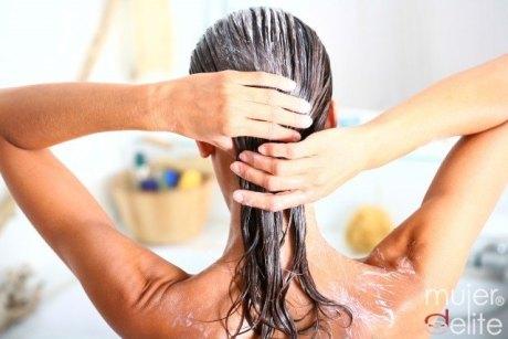 Trucos naturales para oscurecer el cabello