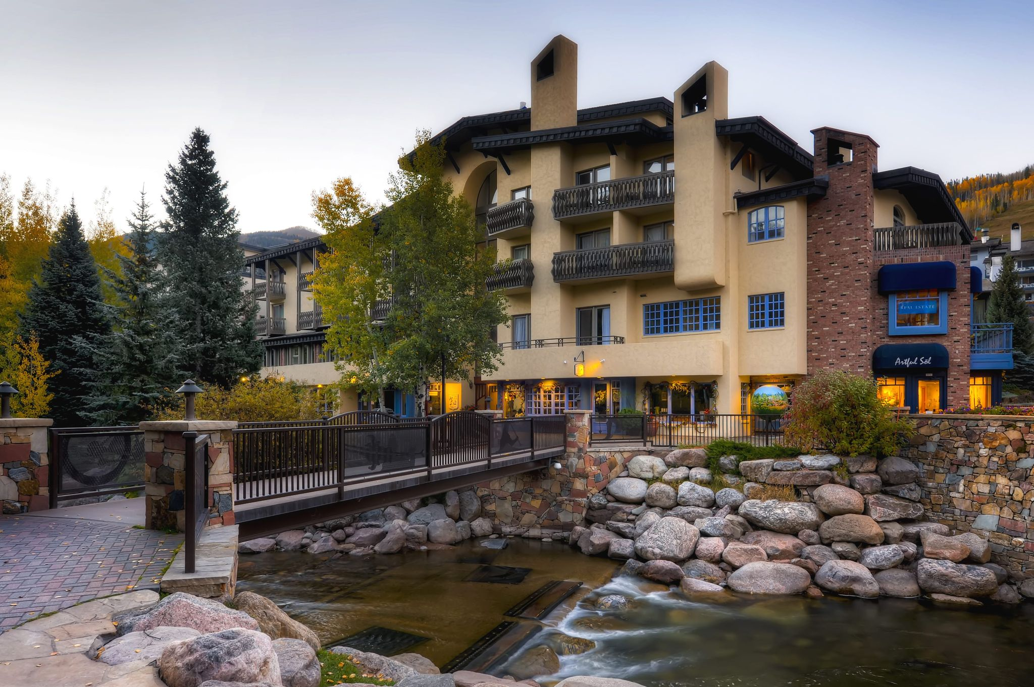 Tivoli Lodge Vail Sitzmark Lodge First Class Vail Co Hotels Gds Reservation Codes